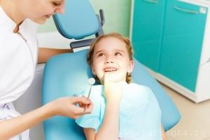 Фото: Ребенок у стоматолога
