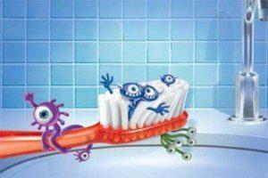 Фото: Использование чужой зубной щетки
