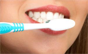 Фото: Правильная чистка зубов