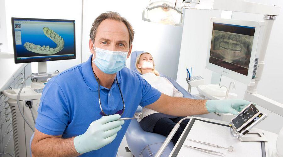 Процесс лечения кариеса корня