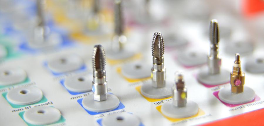 разнообразие зубных имплантов Nobel