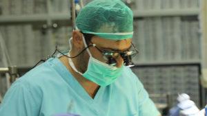 Фото: Стоматолог-имплантолог