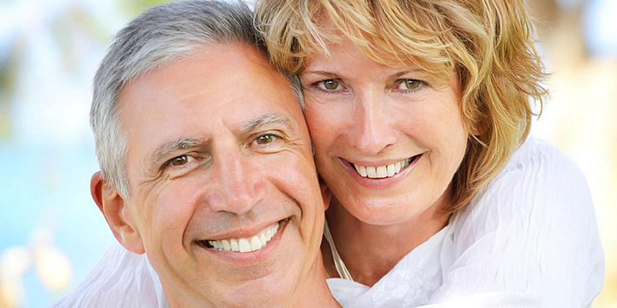 Какие зубы лучше вставить виды и методы установки