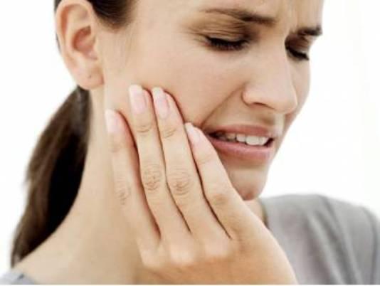 Что делать если болит зуб после пломбирования под пломбой?