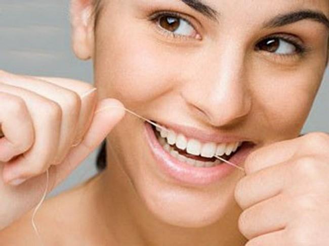 Уход за металлокерамическими зубами — как ухаживать за протезами в домашних условиях?