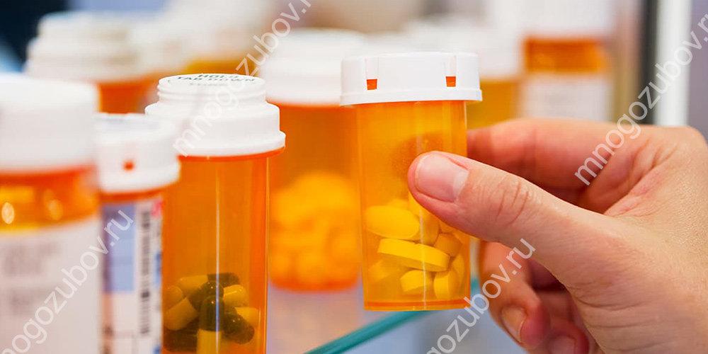 применение антибиотиков при лечении фистулы
