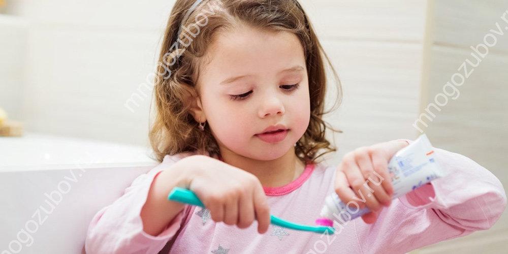 Какую зубную пасту выбрать для детей